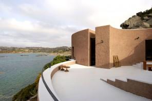 Vacanze d'autore: sei case al mare firmate da riscoprire