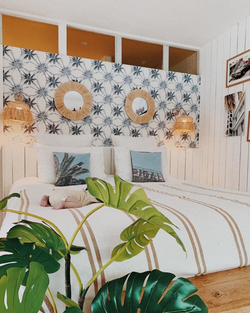 decorare-parete-dietro-letto-maison-acacia-la-ciutata-livingcorriere