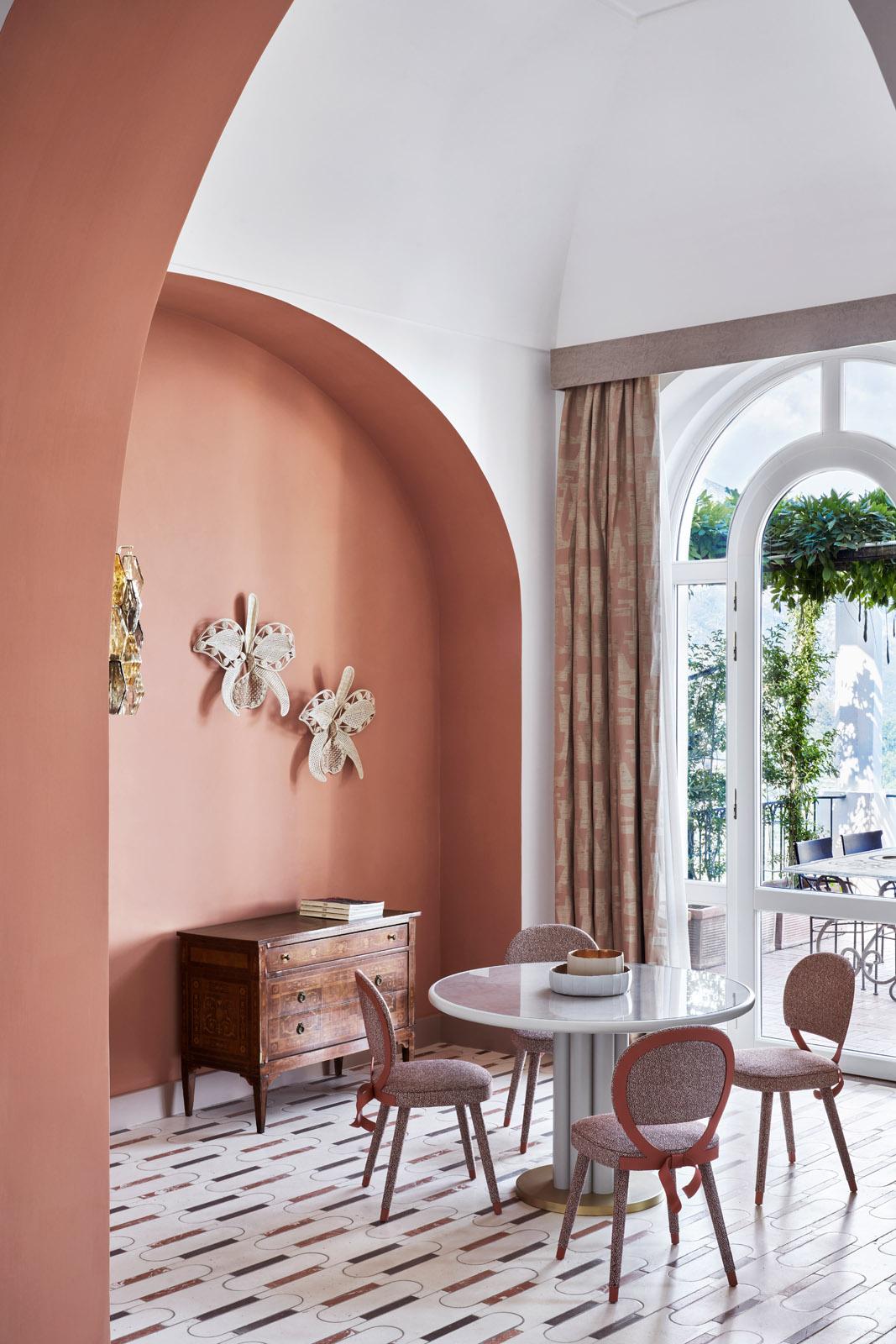 Stanze gioiello: Cristina Celestino a Palazzo Avino – Foto