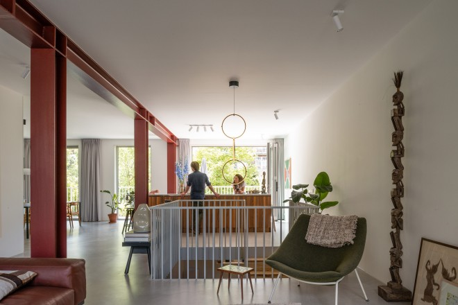 house-with-four-columns-apartment-interiors-amsterdam-unknown-architects_dezeen_2364_col_6