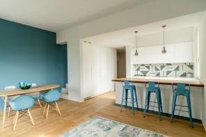 L'appartamento bianco e azzurro