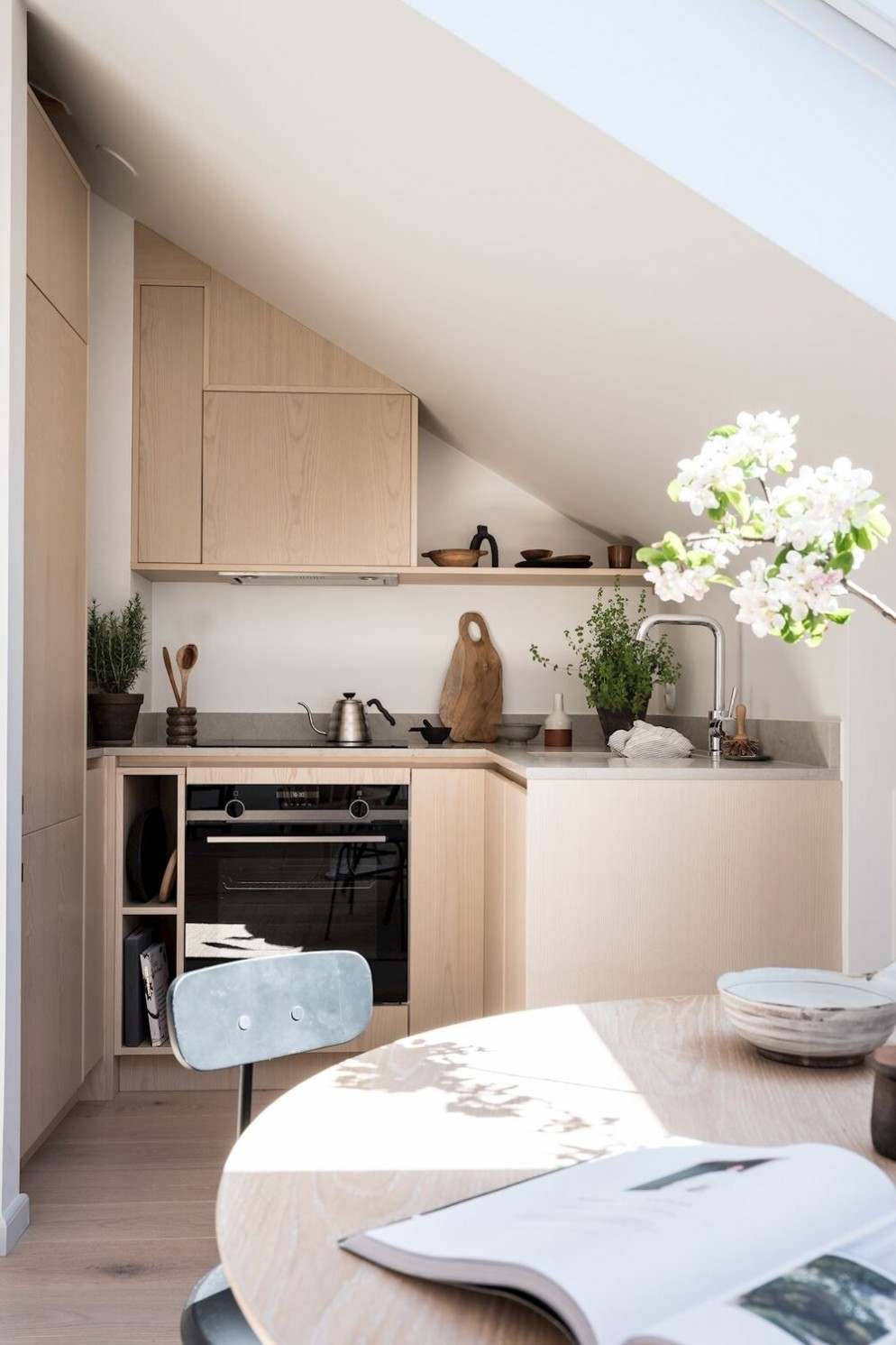 mansarda-bassa-cucina