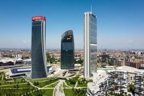 Torre Libeskind: consegnato l'ultimo dei tre grattacieli di Citylife a Milano