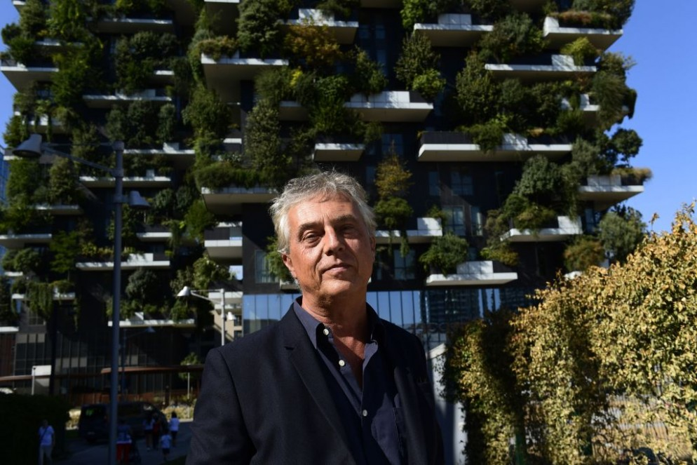 DOUNIAMAG-ITALY-ARCHITECTURE-MILAN-BUILDING-VERTICAL-FOREST