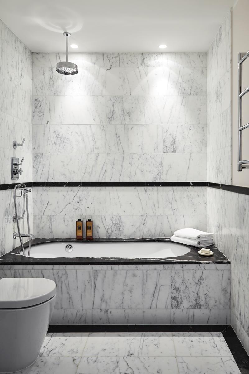 illuminazione vasca bagno