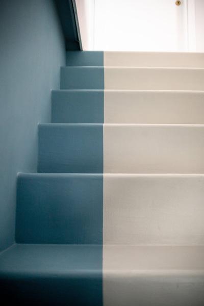 parete bicolore scale