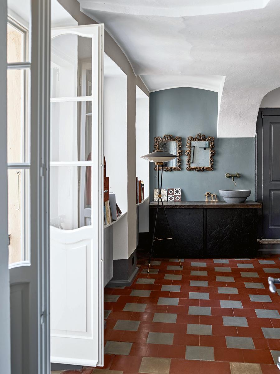 pareti due colori irregolare