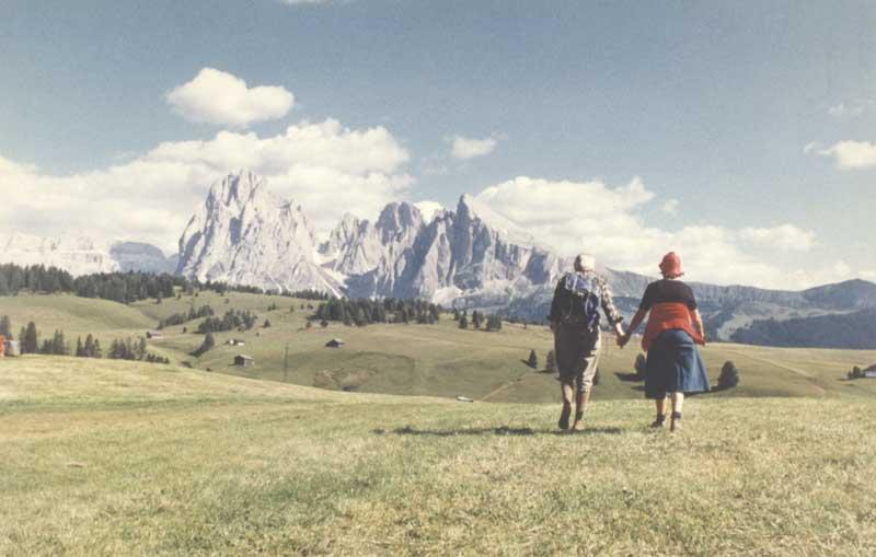 Mufoco Luigi Ghirri, Alpe di Siusi, 1979, Fondo Viaggio in Italia courtesy Eredi Luigi Ghirri - Museo di Fotografia Contemporanea, Milano-Cinisello Balsamo