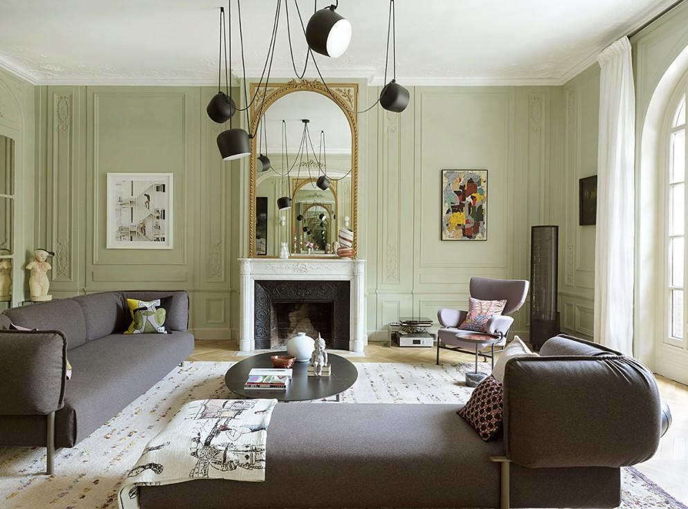 divano-grigio-abbinare-cuscini-tappeto-casa_parigi_classico_a_sorpresa_living_corriere