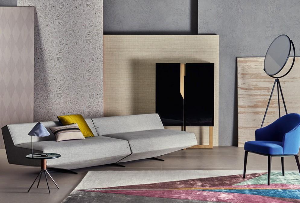 divano-grigio-abbinare-cuscini-tappeto-interiors-living-corriere