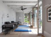 divano-grigio-abbinare-cuscini-tappeto-living-corriere-3