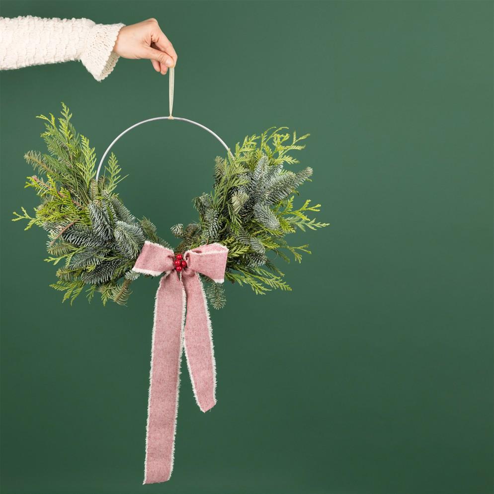 ghirlande-natalizie-idee-colvin- INDUSTRIAL_GREEN (1)-living-corriere