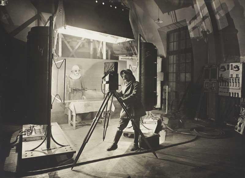 mast inventions LEBART Lo studio come teatro di posa, 1917-1918