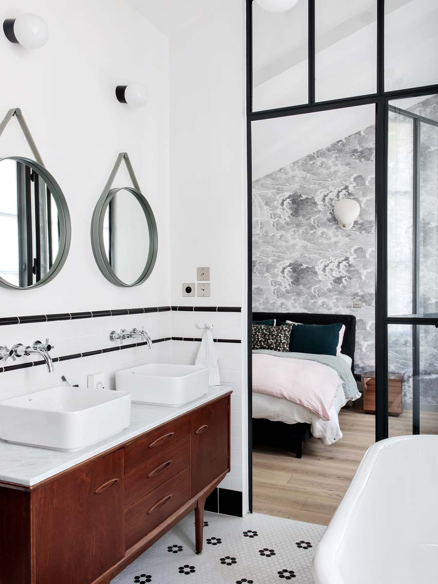 mattonelle-bagno-idee-C_HERMAND_YVETTE-living-corriere