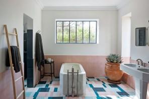 Mattonelle in bagno: le idee degli architetti per abbinarle
