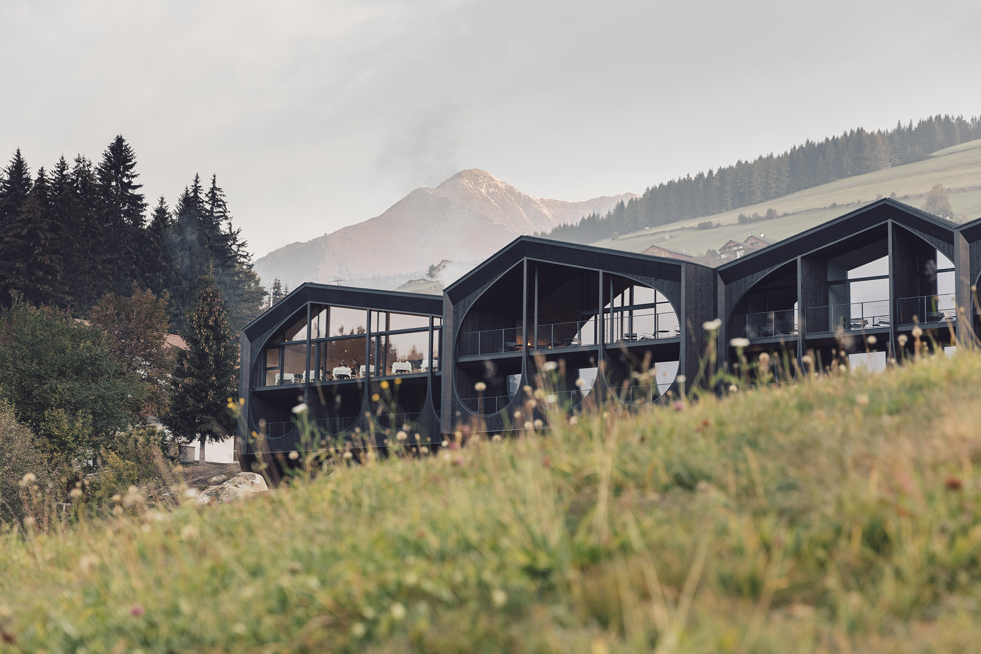 Una stanza vista Dolomiti all'Hotel Milla Montis