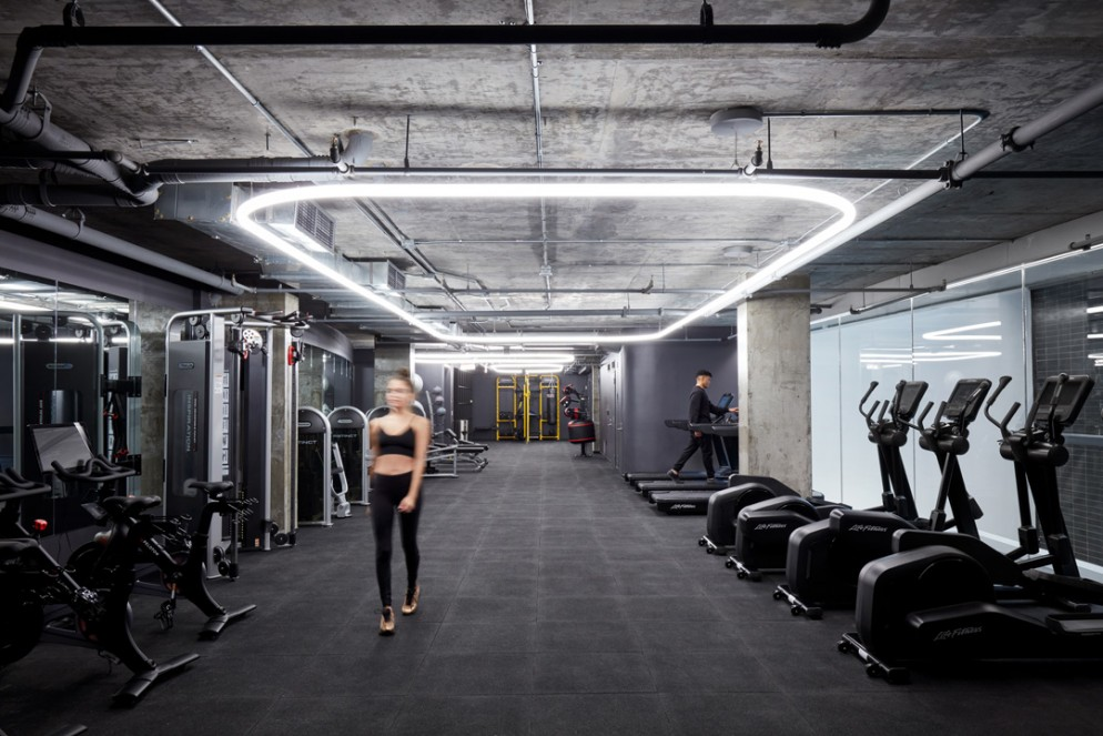 17_BIG_E126_The-Smile_Gym_Image-by-Pernille-and-Thomas-Loof