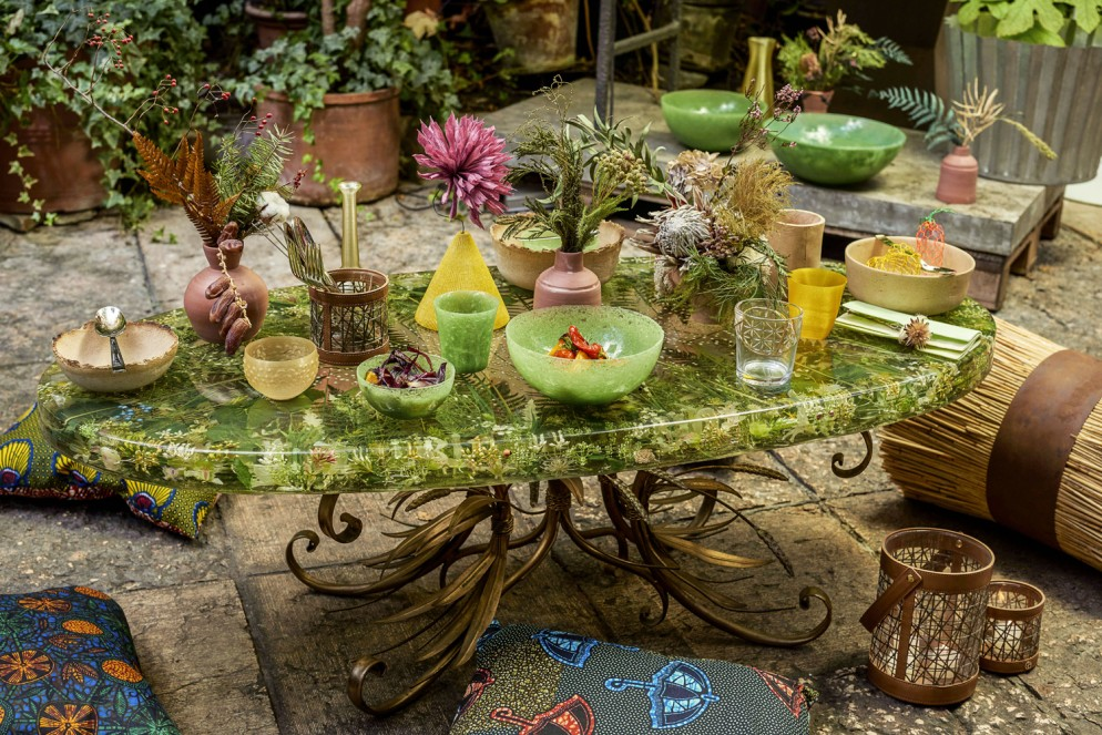 LIVING_TABLE_GREEN_279