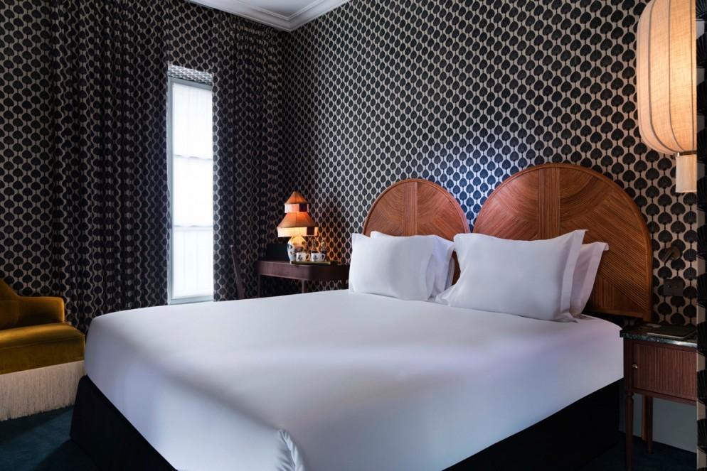 idee-carta-da-parati-moderna-hotel-montecristo-parigi-livingcorriere-foto1-994x663