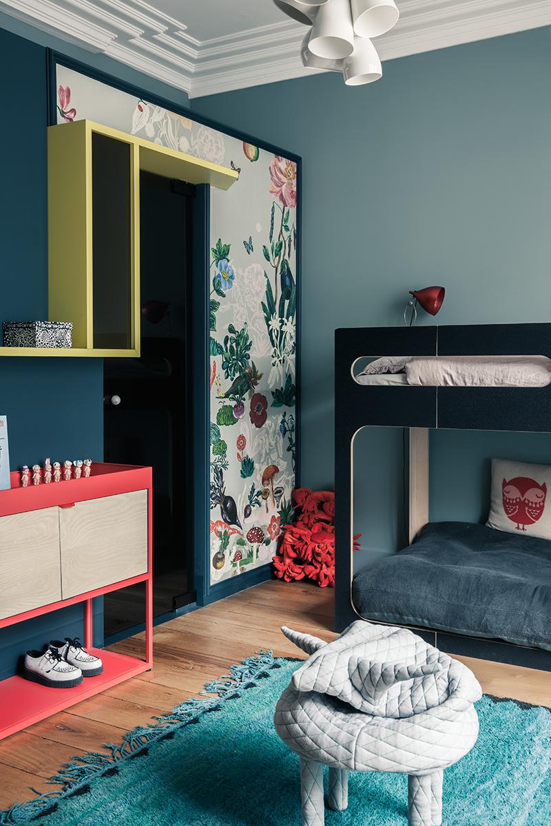 idee-carta-parati-moderna-appartamento-parigi-uda-07