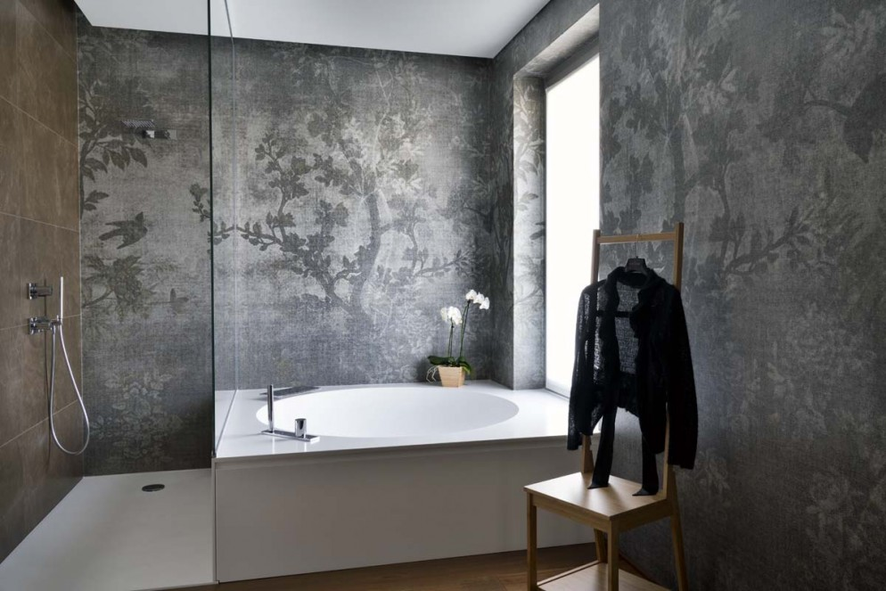 idee-carta-parati-moderna-bagno-living-corriere