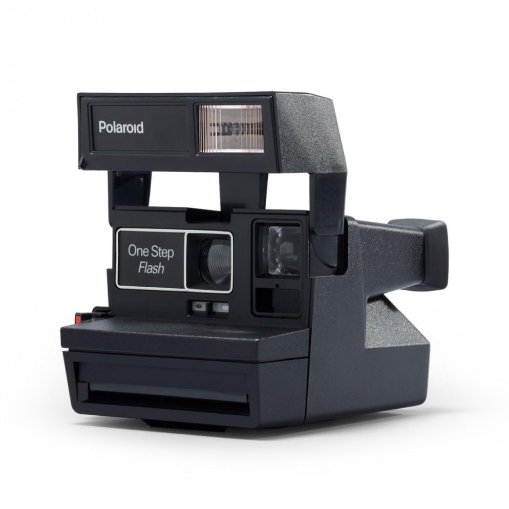 polaroid-camera-600
