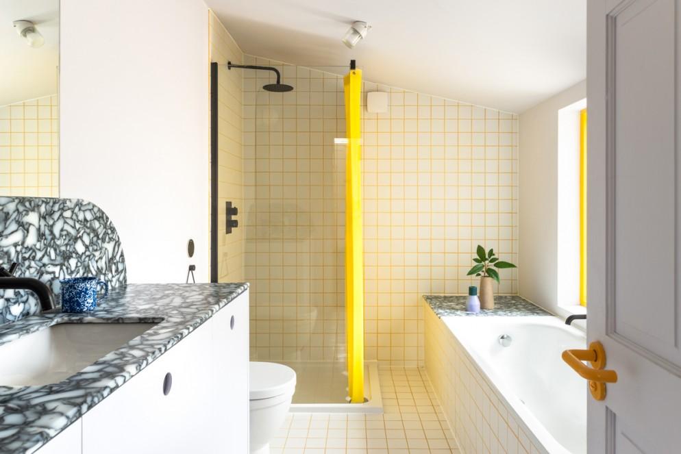 17 Bathroom View © French + Tye