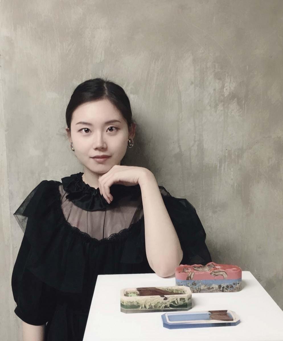 Jie-Wu-portrait-foto-courtesy-of-Gallery-FUMI-00