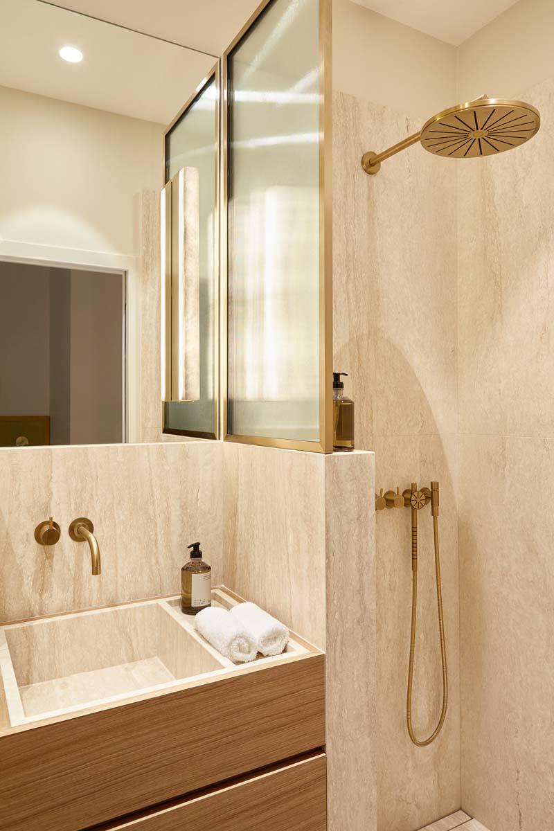 bagno moderno classico