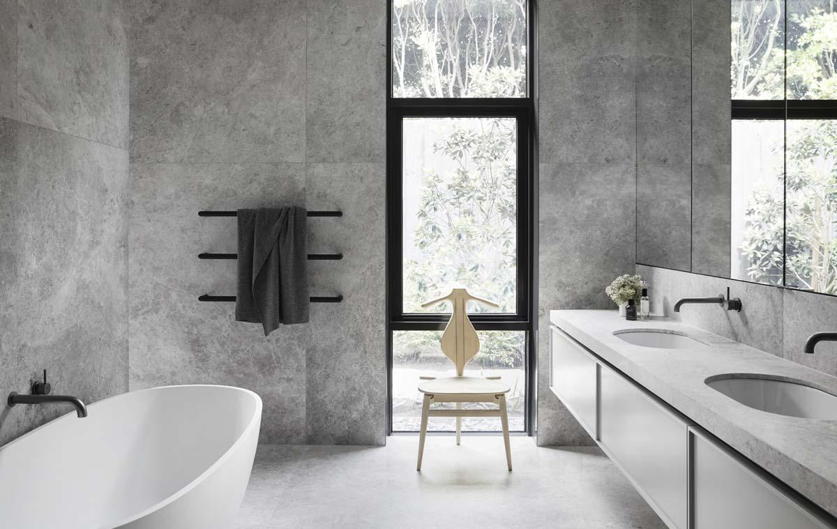 bagno moderno grigio
