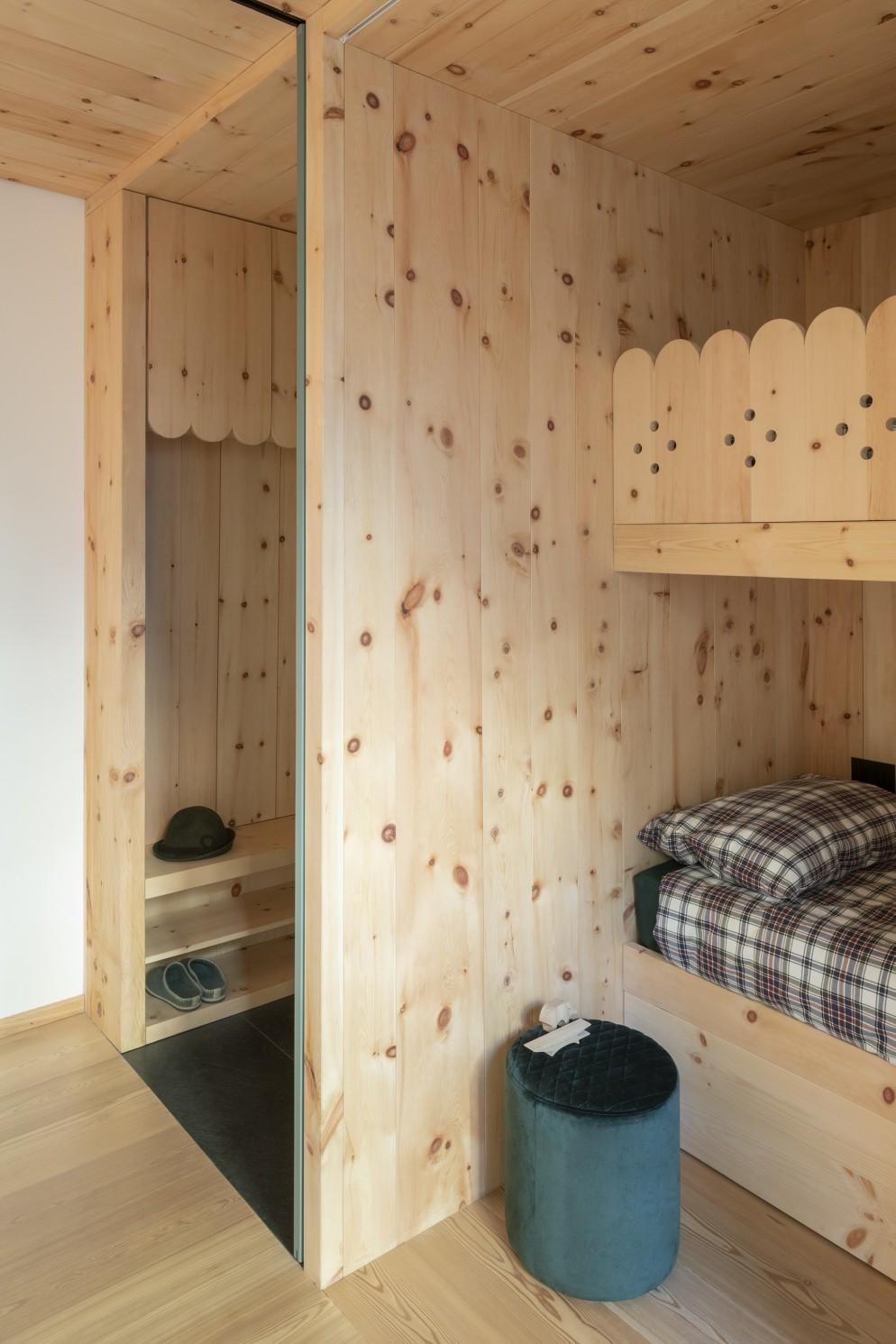 Cabine armadio legno