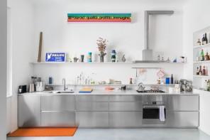 Cucine moderne senza pensili (e senza rimpianti): 30 esempi