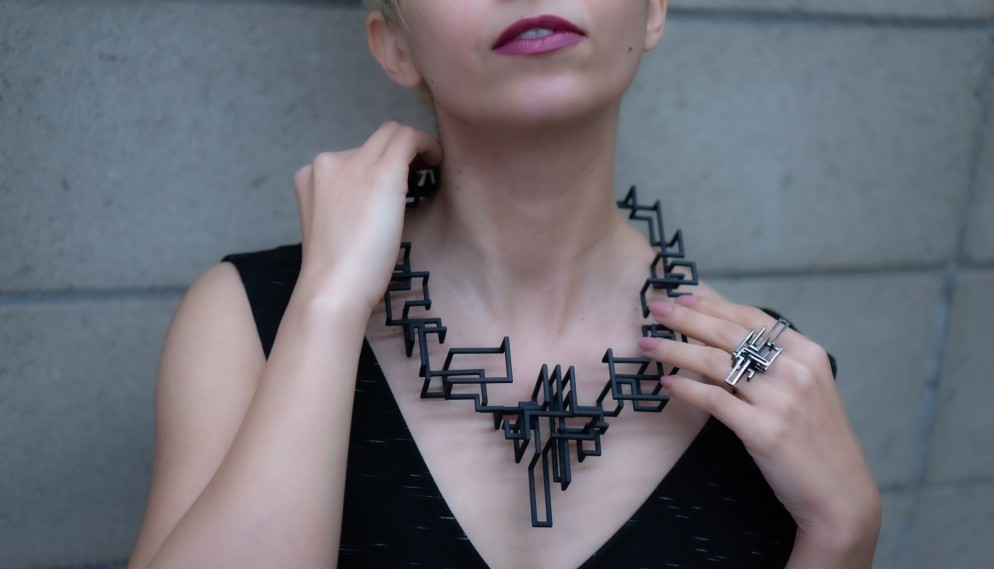 gioielli-architettura-zimarty-loop-wearbale-architecture-11