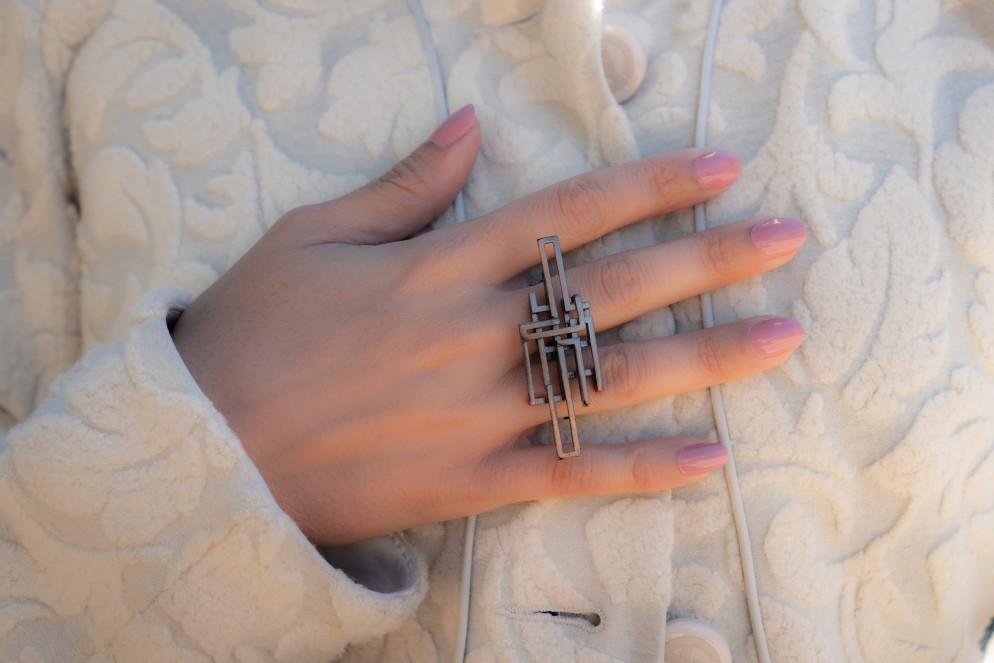 gioielli-architettura-zimarty-loop-wearbale-architecture-2