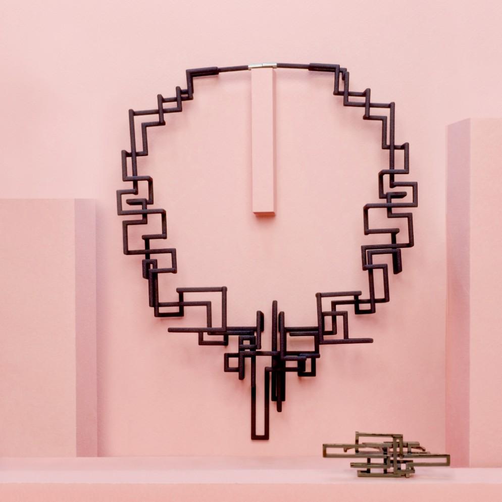 zimarty-loop-necklace