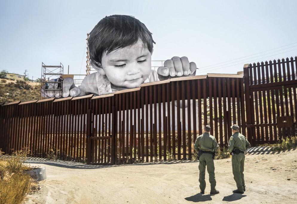 07 GIANTS, Kikito and the Border Patrol, Tecate, Mexico - U.S.A., 2017