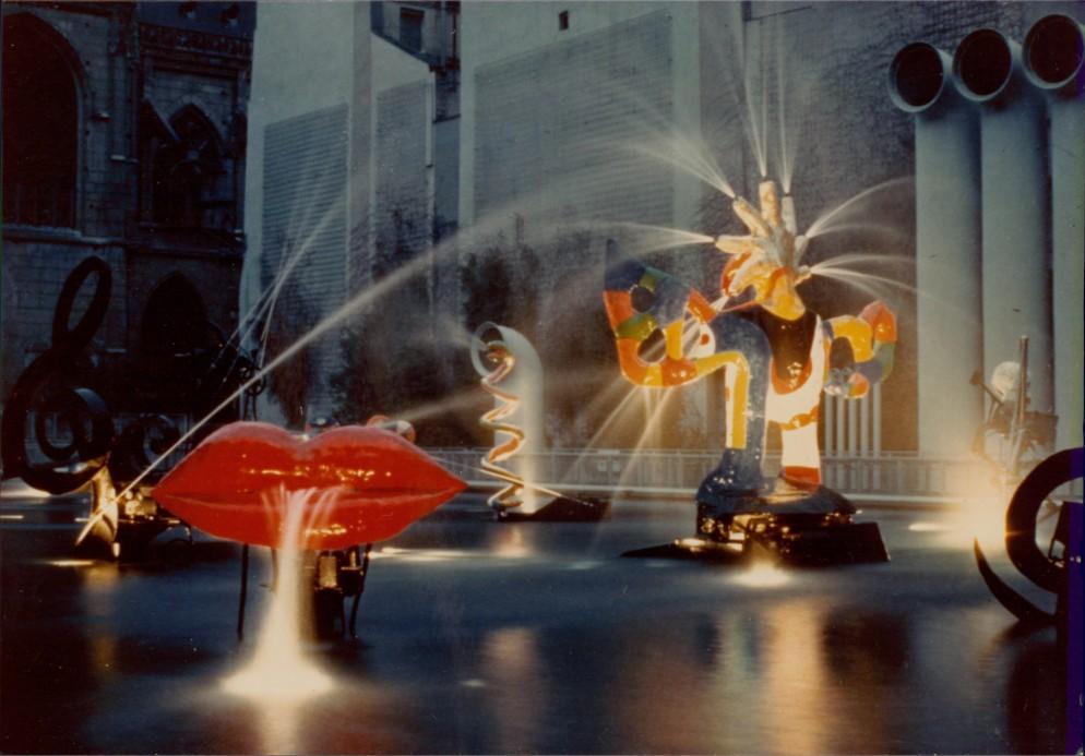21 Niki_de_Saint_Phalle MoMA