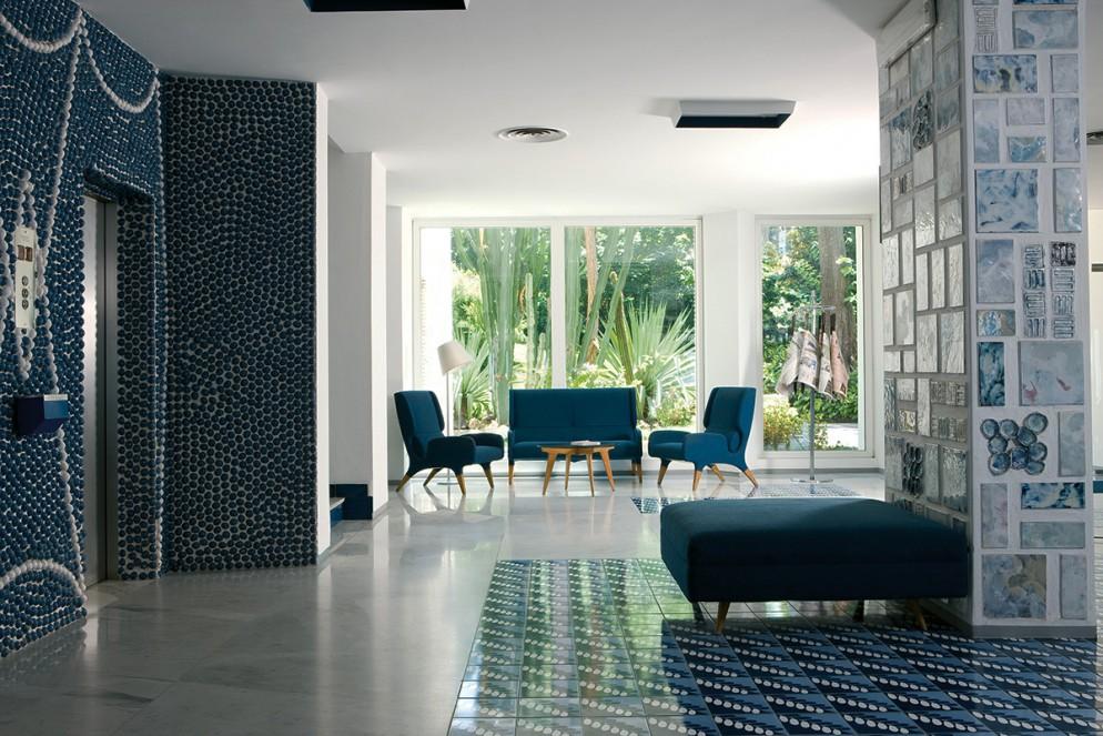 4  blu-navy-colore pareti_living-corriere