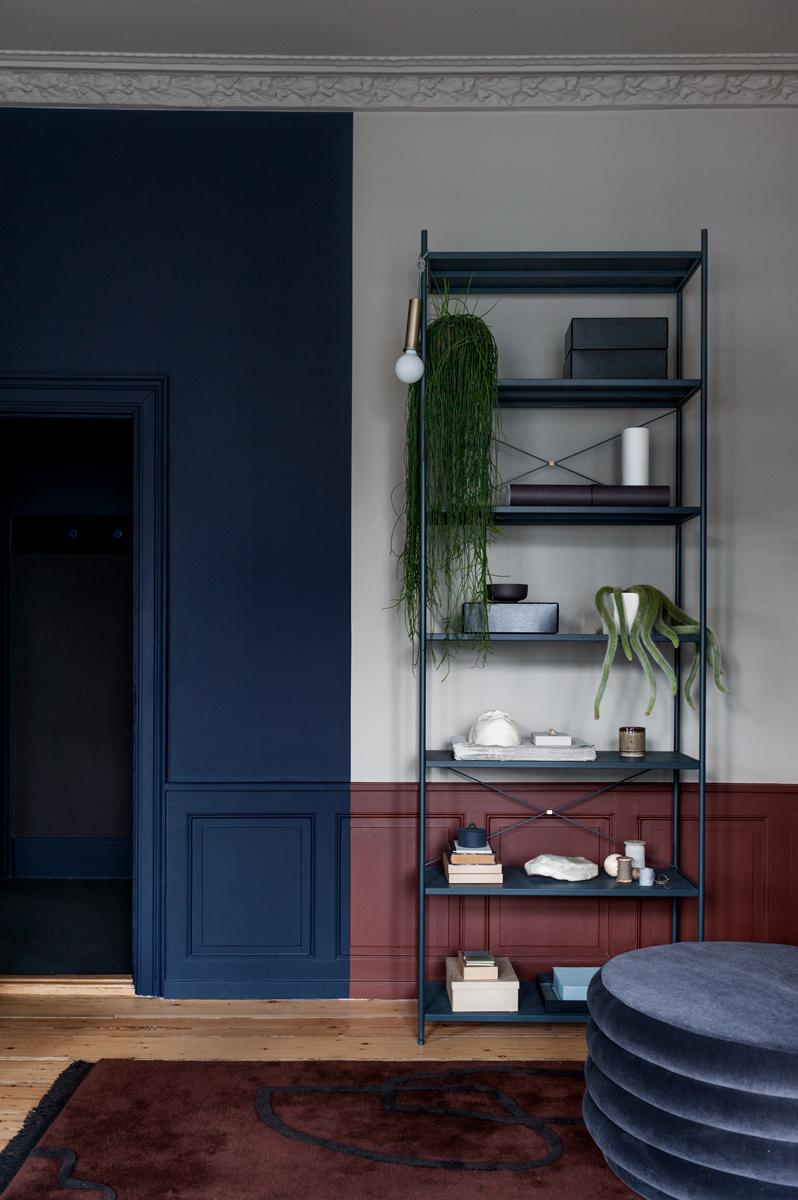 blu-navy-colore-pareti-casa-copenhagen-living-corriere-06
