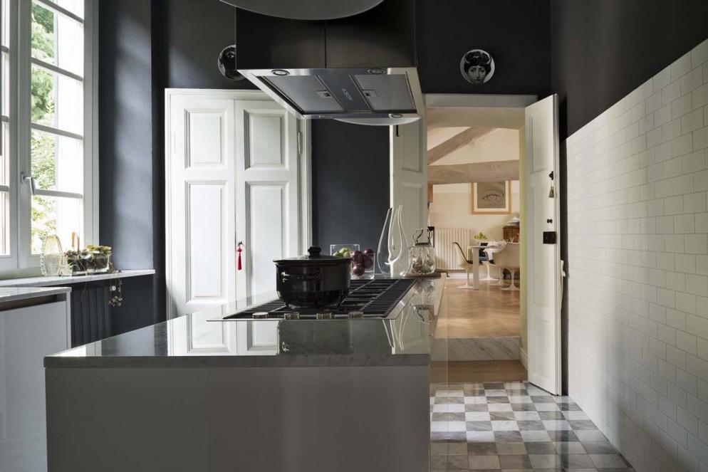 cucina isola nero
