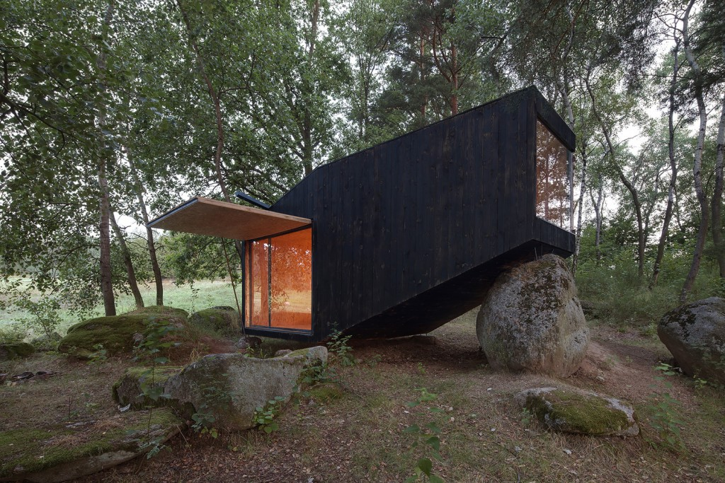 Forest retreat di Uhlik Architekti