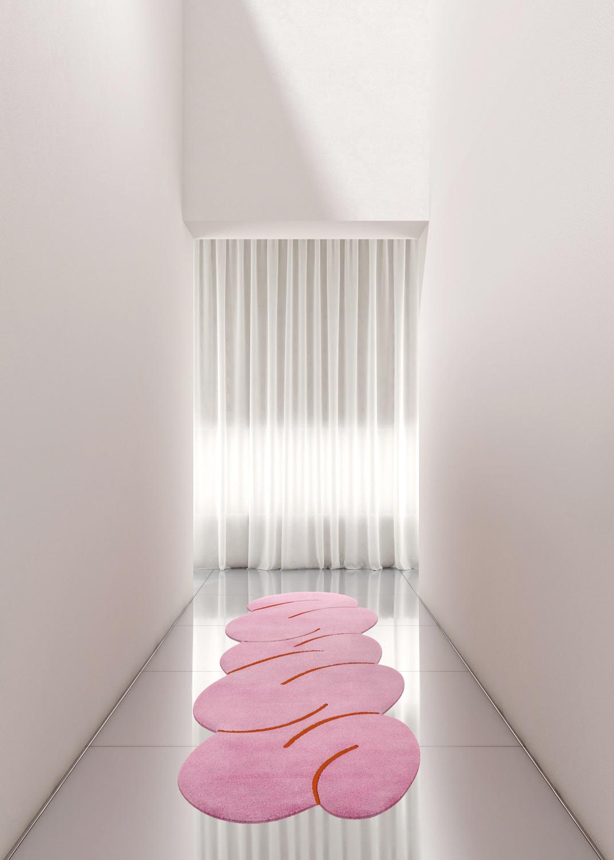 tappeti-moderni-forme-strane-OKEJ_Pink-Squiggle-rug-Hallway-living-corriere