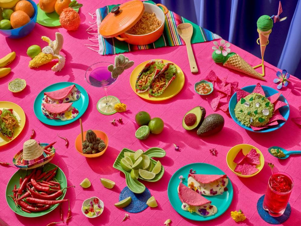 2e69b2f691e9139b8be5b1d1ebd96c71.Mexican-Feast-Pink-Meal_01_3000px