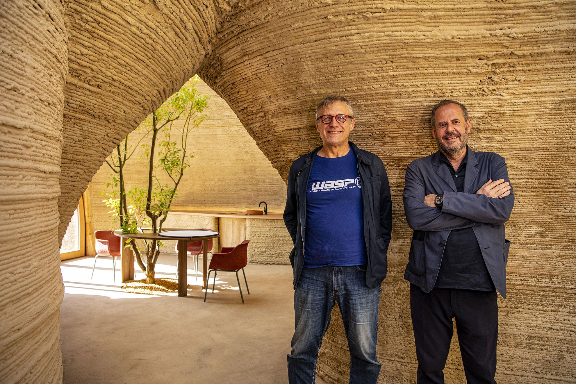 40_TECLA_Ph-Iago-Corazza_da-sinistra,-ritratto-di-Massimo-Moretti-e-Mario-Cucinella-(2)