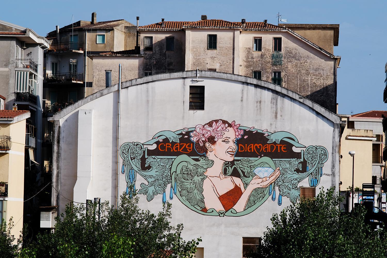 Diamante, la città dei murales