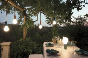 Progettare l'illuminazione esterna: 25 soluzioni per giardini, balconi e terrazzi
