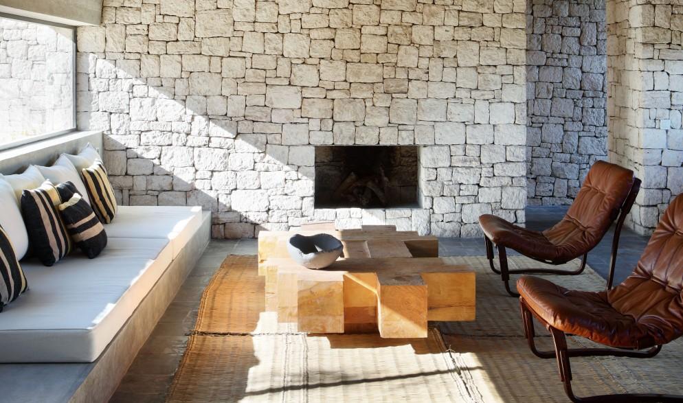 pareti-pietra-Villa-DL-KO-©Yann-Deret