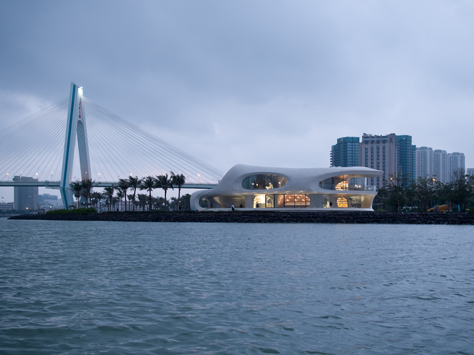 04_MAD_The Cloudscape of Haikou_by  AOGVISION