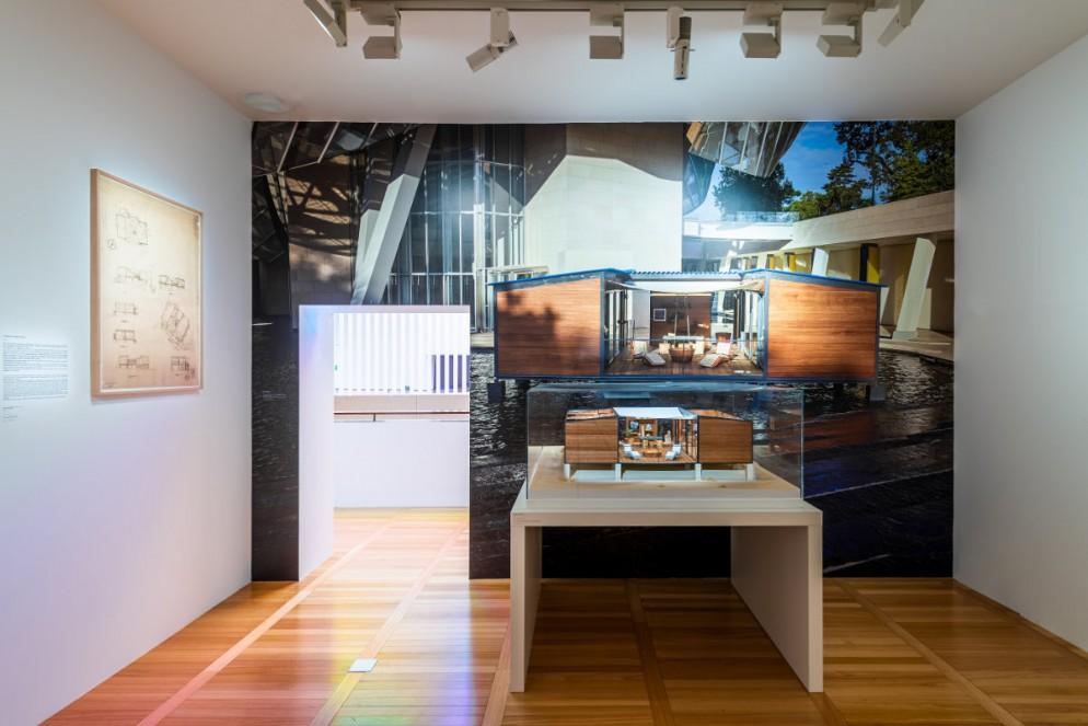 Exhibition_view_at_Espace_Louis_Vuitton_Venezia_2021