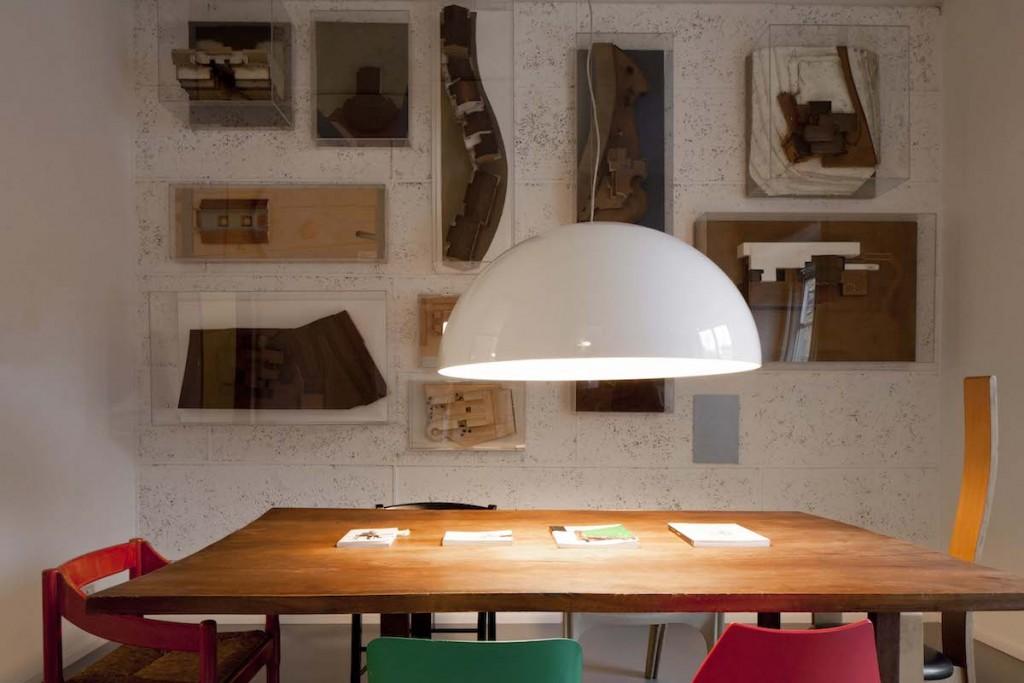 Lo studio di Vico Magistretti a Milano, foto di Matteo Carassale - Fondazione Vico Magistretti.
